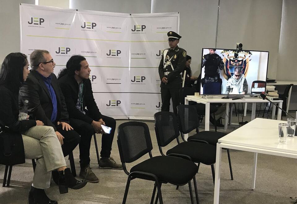 'Timochenko' (Rodrigo Londoño Echeverry) compareciendo ante la JEP