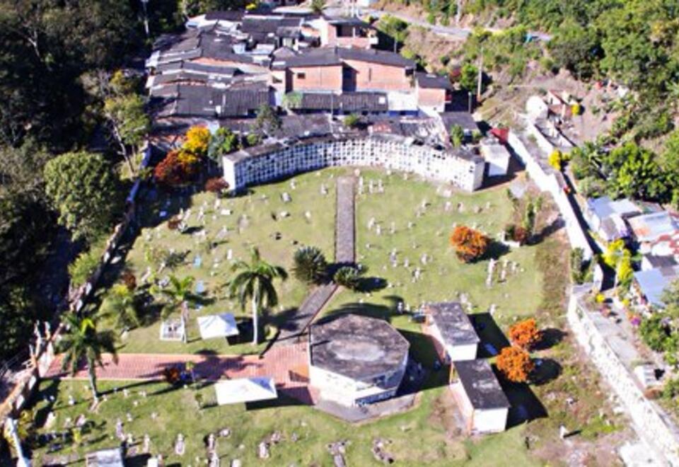 Hasta ahora, la JEP ha exhumado 63 cuerpos en el cementerio Las Mercedes de Dabeiba, Antioquia.