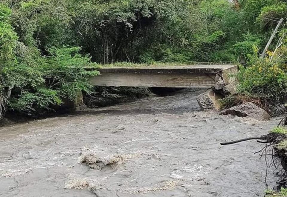 Colapso puente La Aguada