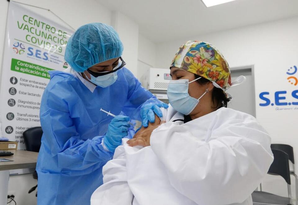 El proceso comenzó con 990 vacunas