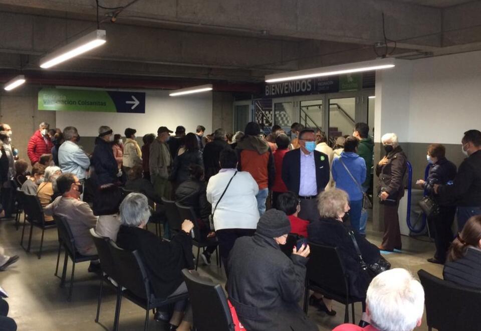Bogotanos citados a vacunarse en Movistar Arena