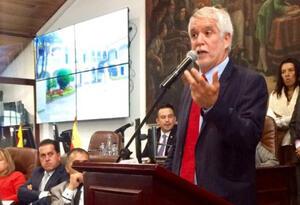 Enrique Peñalosa en el Concejo de Bogotá