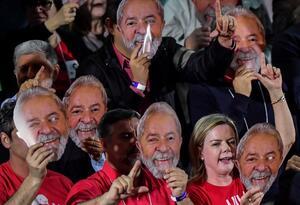 El PT inscribe la candidatura presidencial de Lula y espera a la Justicia
