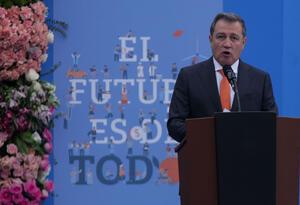 El presidente del Senado, Ernesto Macías Tovar