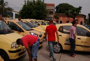 La intención es que los taxistas así puedan competir con las aplicaciones móviles.
