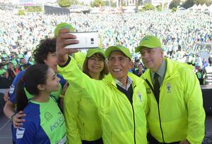 Nairo Quintana en la carrera organizada por la Policía Nacional