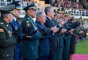 Iván Duque y MinDefensa con la nueva cúpula militar y de Policía