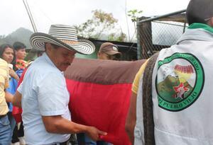 El acto simbólico es un espacio para las muestras de solidaridad de otros pueblos indígenas y organizaciones sociales.