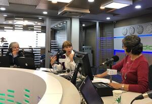 Ministra de Trabajo, Alicia Arango, en la cabina de RCN Radio.