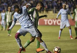 Jorman Campuzano en un partido por Copa Libertadores con Nacional