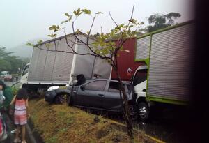 Ocho vehículos se vieron involucrados en el siniestro vial que no dejó víctimas fatales