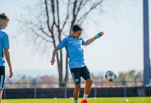 Ian Carlo Poveda, delantero colombiano en el Manchester City