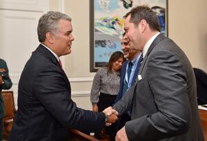 Presidente Iván Duque con el jefe de la misión de la ONU para Colombia Carlos Ruiz