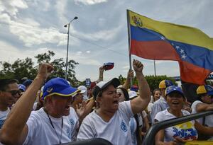 Venezolanos en Cúcuta gritan por la libertad de su pueblo