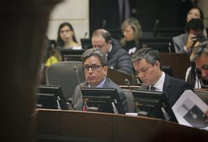 Ministro de Hacienda, Alberto Carrasquilla, asiste al debate sobre Plan de Desarrollo