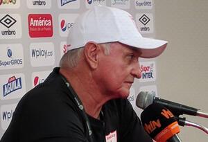 El técnico Fernando 'Pecoso' Castro