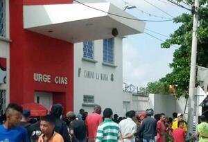 Centro asistencial Camino del barrio La Manga
