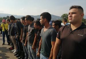 Ex militares venezolanos en la frontera entre Colombia y Venezuela