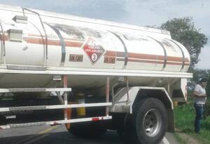 Disidencias de las Farc bloquean vías en Arauca
