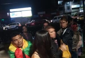 Frente al CAI de Villa Claudia terminó la protesta