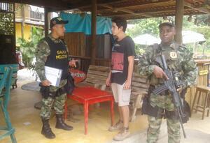 Miembros de Gaula Militar visita los establecimientos comerciales sobre la troncal