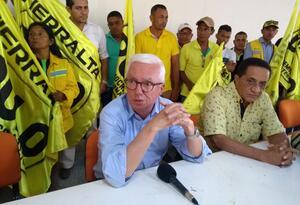 El senador Jorge Robledo se reúne con líderes del Polo Democrático en Montería