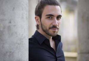 El pianista suizo-canadiense Teo Gheorghiu