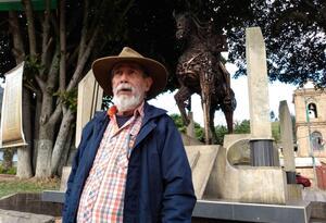 Profesor Alberto Sabogal, Caminante del Bicentenario.