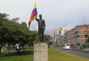 Jaime Garzón: la estatua hecha en su memoria.