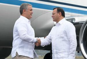 Saludo del Presidente Iván Duque con su homólogo de Perú, Martín Vizcarra