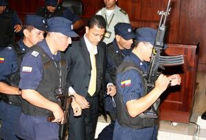 JEP admite sometimiento del coronel Bayron Carvajal