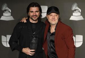 Juanes junto a Lars Ulrich, baterista de Metallica