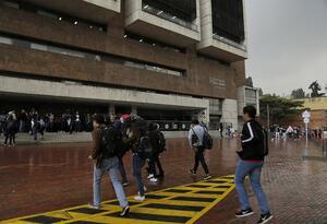 Fachada de la Universidad de Los Andes
