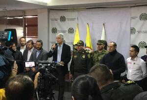 Enrique Peñalosa, alcalde de Bogotá, ante la prensa