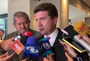 Diego Molano y Angelino Garzón, voceros del gobierno para el caso del paro nacional