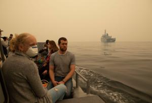 Evacuación por incendios en Australia