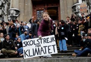 Greta Thunberg se manifiesta antes del Foro de Davos
