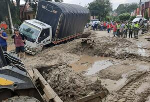 Lluvias generan daños en distintos puntos de Santander.