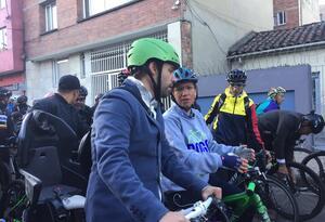 Alcaldesa y secretario de Gobierno en el Día sin carro