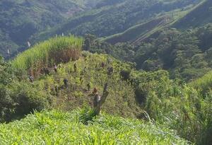 Militares en zona rural de Campamento, Antioquia