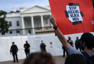 Manifestaciones frente a la Casa Blanca por la muerte de George Floyd