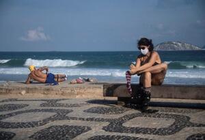 brasil playa coronavirus