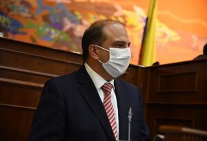 Carlos Camargo Assis, defensor del Pueblo