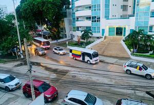 caravana apoyo a Uribe