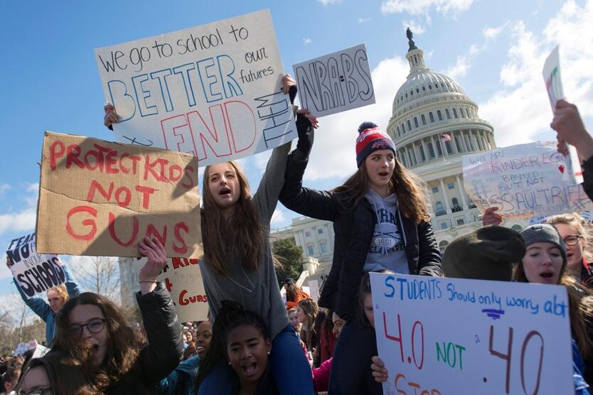 Protestas de estudiantes contra las armas en EE.UU.