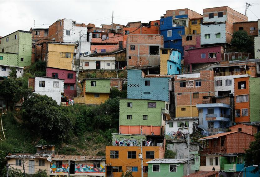 Por enfrentamiento entre combos, en la Comuna 13 sufren por las extorsiones, homicidios e intimidaciones.