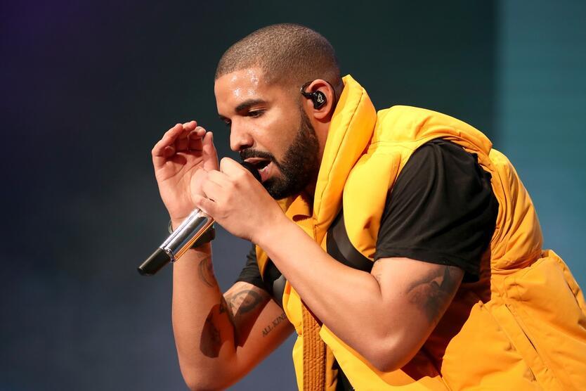 Drake super récord de los Beatles