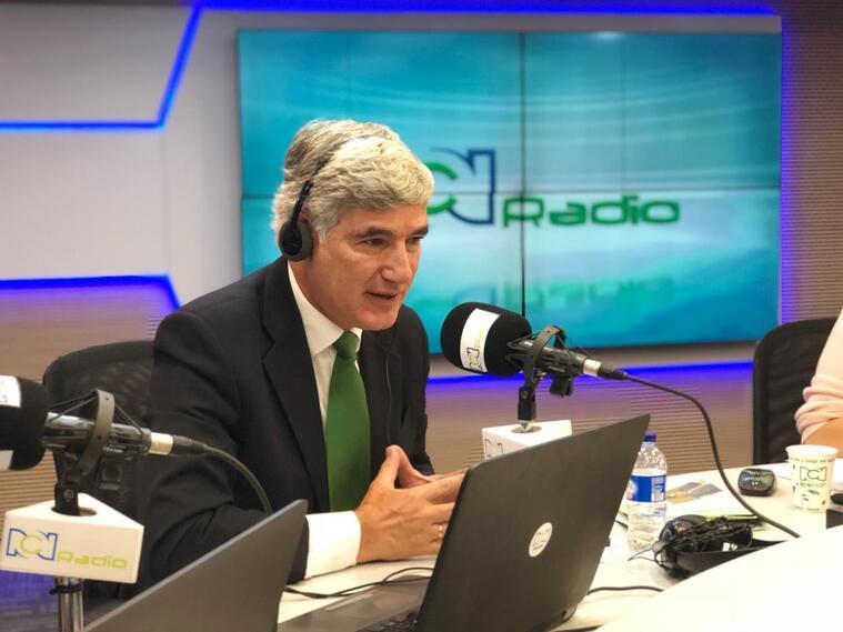 Ministro de Salud Juan Pablo Uribe deja la cartera