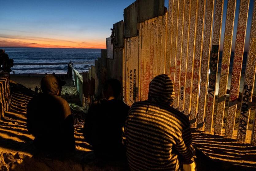 Migrantes centroamericanos en la frontera con México