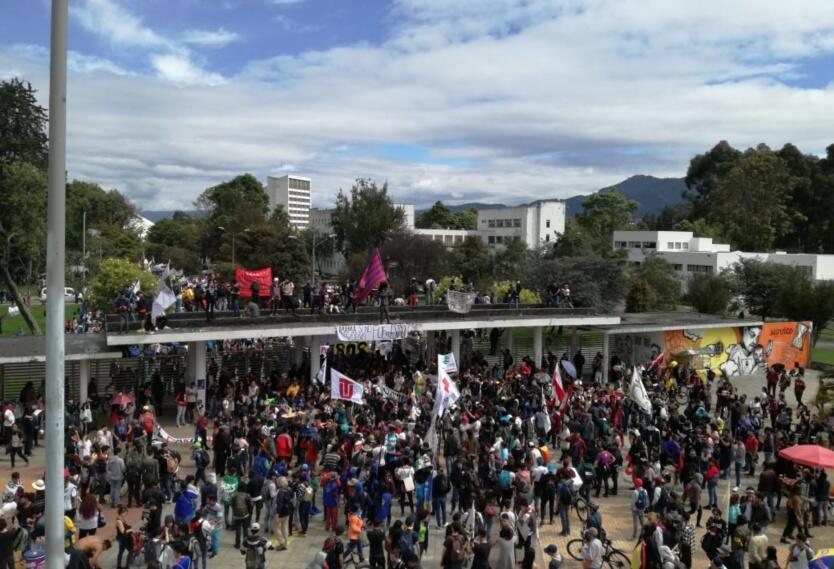 Marchas 28 de noviembre Universidad Nacional
